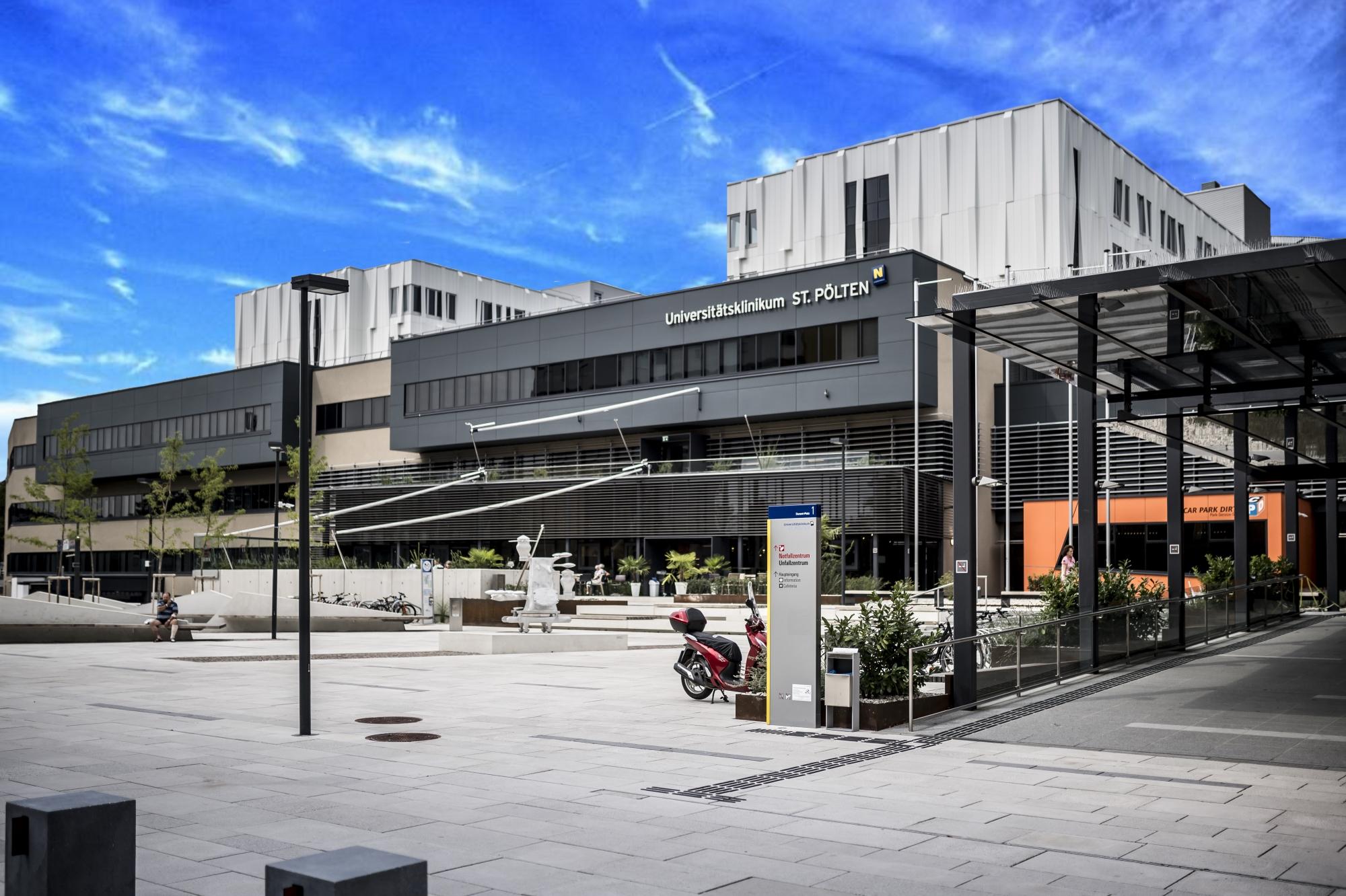 Warehouse, Sankt Plten | comunidadelectronica.com